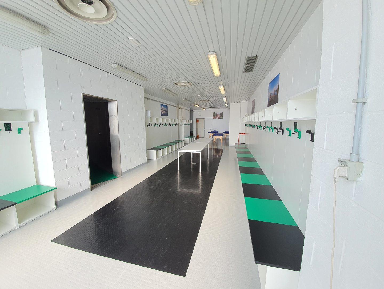Lignano: nuova pavimentazione spogliatoi Stadio Teghil